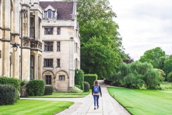 Top UK Scholarships for International Students 2020/21