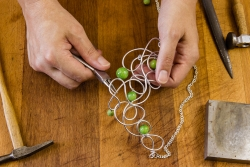 3 Types of Jewellery Making Course - Which One is for You?