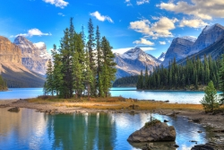 10 Good Reasons to Study in Alberta