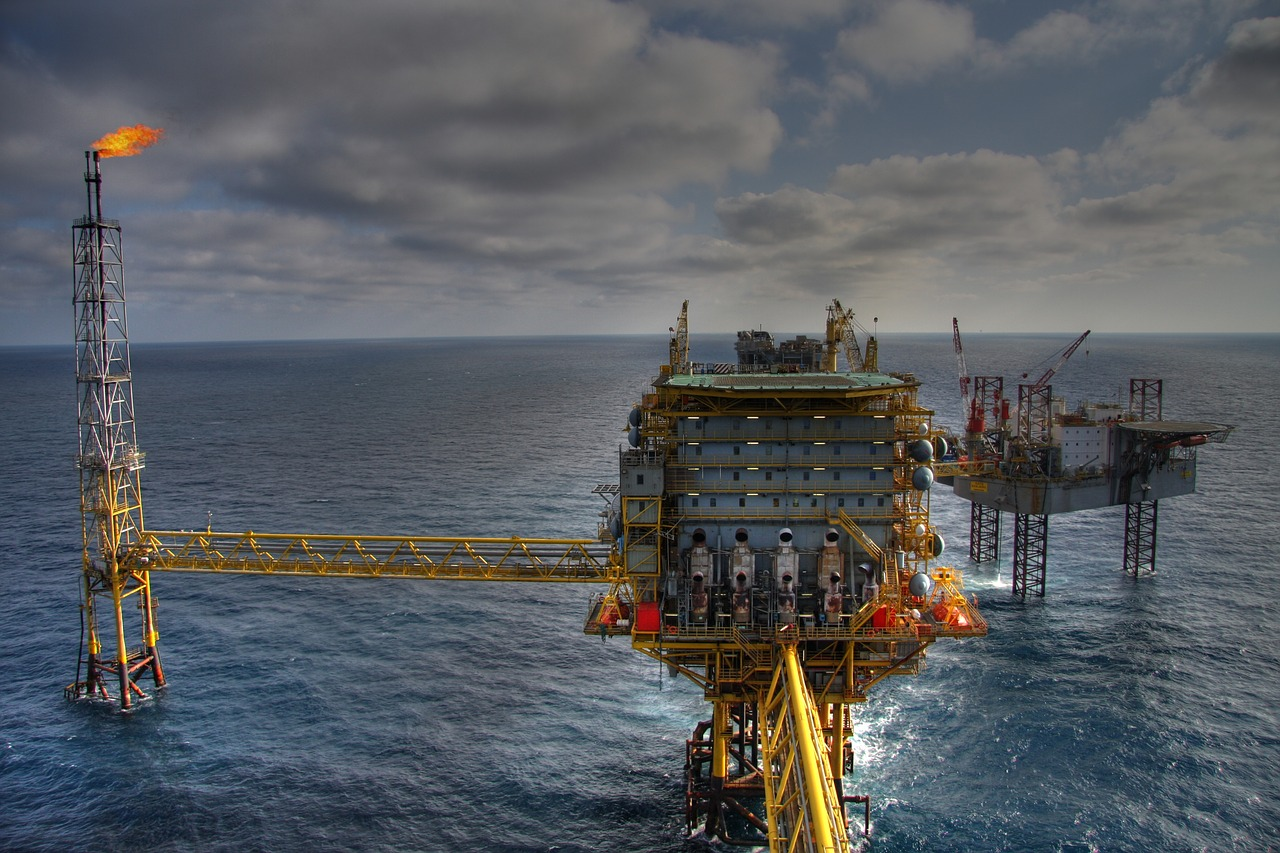 Student World Online | Oil and Gas Industry