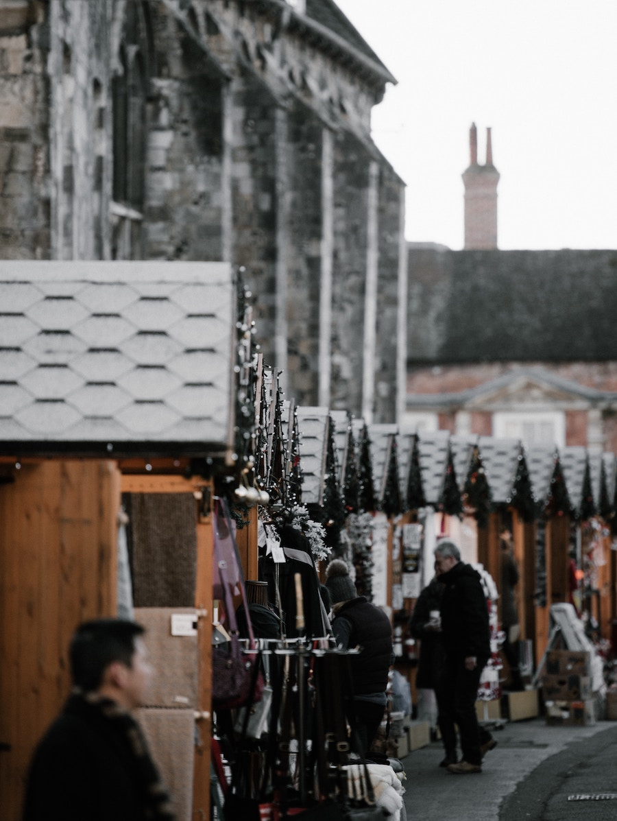 christmas-markets-winchester-for-students