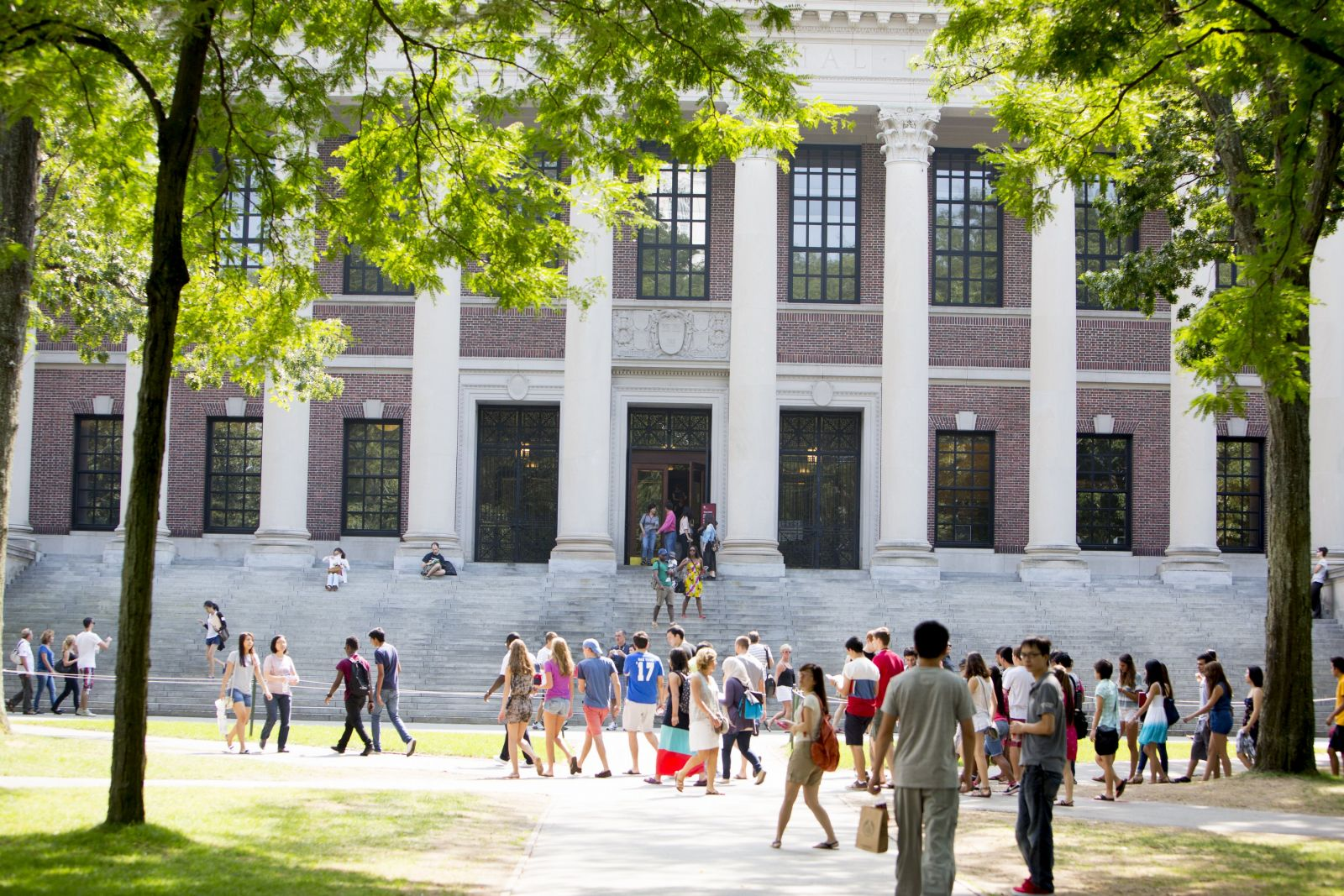 Harvard Has Been The Setting For Many University Based Films Such As Good Will Hunting 1997 And Legally Blonde 2001